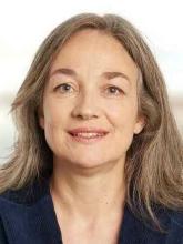 Esther Straub