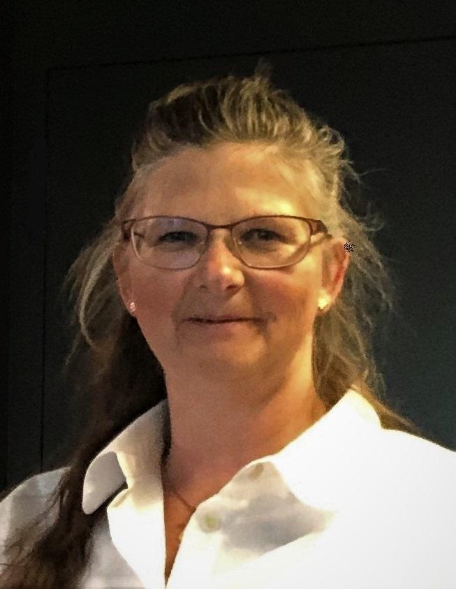 Frau Doris Degen
