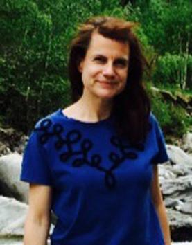 Frau Anja Denz